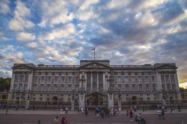 Buckingham Palace. (Pixabay License)