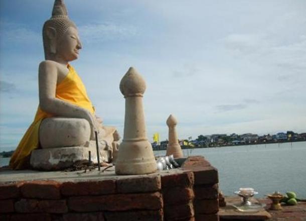 The Buddha statue of Lake Phayao