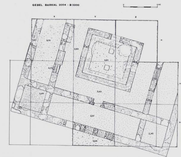Photo and plan of Building B3200 in Gebel Barkal.