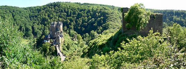 Burg Eltz and Burg Trutzeltz.