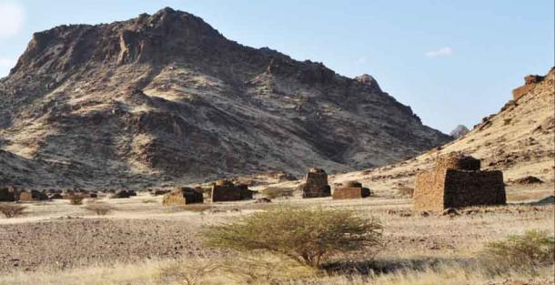 Islamic burial grounds scattered around Jebel Maman in Sudan.  (Costanzo et al. / PLOS ONE)