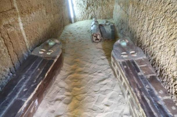 Burials in the Giza Plateau cemetery