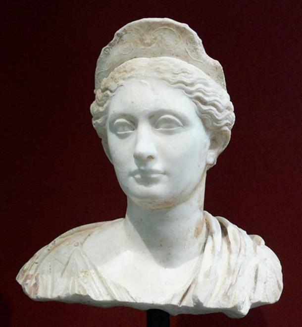 Bust of Vibia Sabina, Roman, about A.D. 140, marble Getty Center, Los Angeles, California (Pubic Domain)
