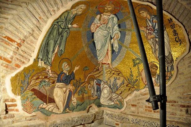 Byzantine art - Mosaic of Daphni Monastery (ca. 1100).
