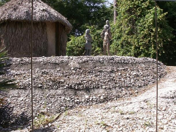 A reconstruction of a Calusa home and terraces, on display at the Florida Museum of Natural History.