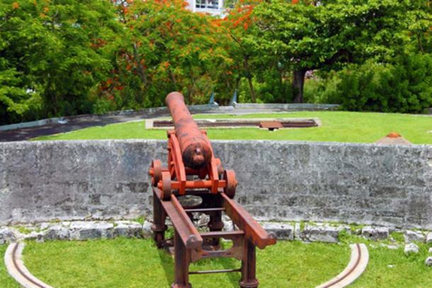 Cannon at Fort Fincastle (Krinstinenoel / Adobe Stock)