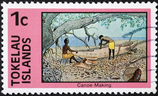 Canoe making on postage stamp of Tokelau (Silvio / Adobe Stock)