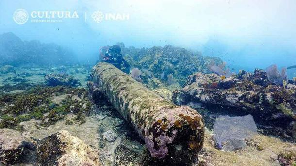 The cannon of the wreck is approximately 2.5m in length. (Laura Carrillo Márquez/INAH)