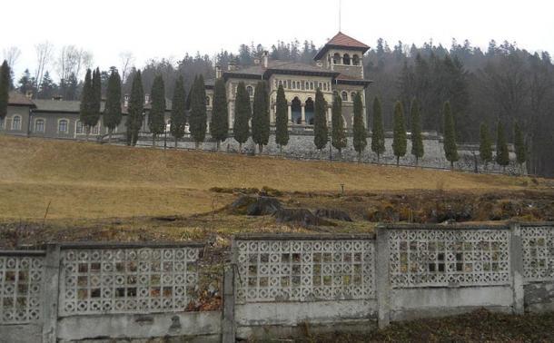 Cantacuzino Castle.