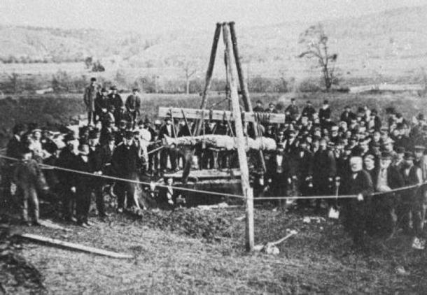 Cardiff Giant being exhumed in 1869. (Public Domain)
