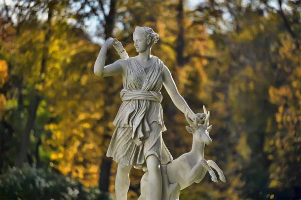 Artemisia I of Caria, was the namesake of Artemis, later the mythological Roman huntress Diana, whose statue can be seen here. (Evdoha / Adobe Stock)