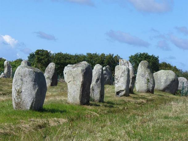 The Carnac stones at Brittany. (Steffenheilfort / CC BY-SA 3.0)