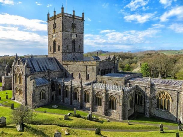 St Davids Cathedral, current day, restored to its 1181 appearance. (DayTM / Public Domain)