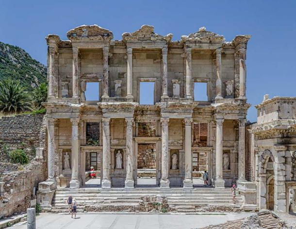 Façade of the Celsus library, in Ephesus, near Selçuk, west Turkey. (Benh LIEU SONG/CC BY SA 3.0)