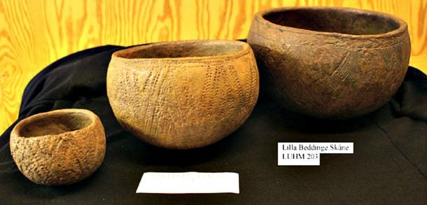 Ceramics with typical European Chalcolithic cord impressions from the Swedish necropolis Lilla Bedinge. (2900 -2350 BC)
