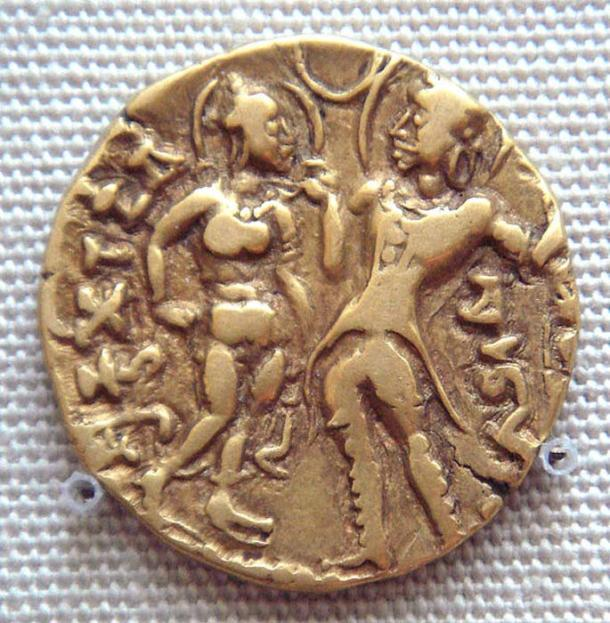 Chandragupta I with his queen as depicted on a coin of their son, Samudragupta. (Uploadalt/CC BY SA 3.0)