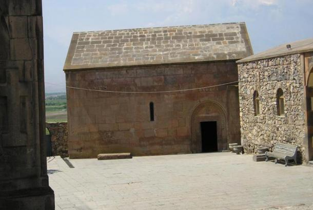 Chapel at Khor Virap, Armenia. Inside there's a cave where Gregory the Illuminator was imprisoned for about 13 years, Photo by Heretiq, 2005.