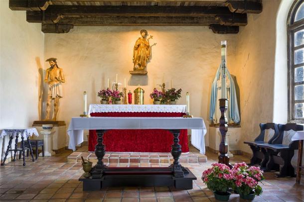 Chapel of Mission San Francisco de la Espada built in 1691 (dfikar/ Adobe Stock)