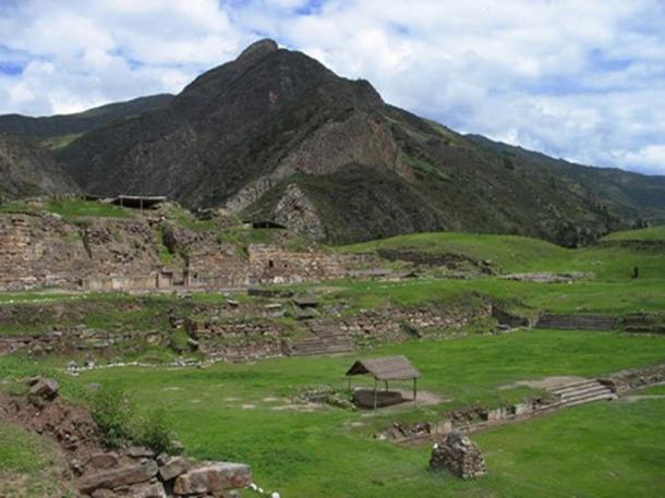 Chavín de Huántar, Peru