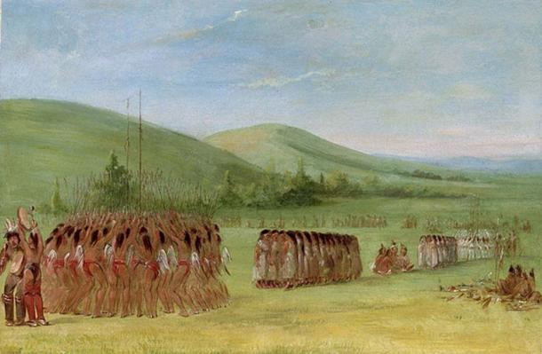 Cherokee stickball is a ceremonial event - before the match players and their supporters passed the night in singing, dancing, and soliciting divine support. (Yarnalgo / Public Domain)