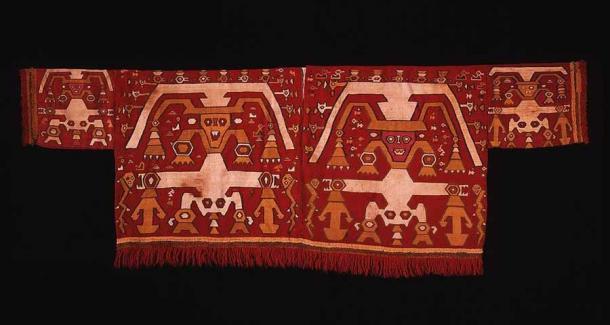 Chimú Tapestry Shirt, 1400–1540, Camelid fiber and cotton, Dumbarton Oaks Museum. (Public Domain)