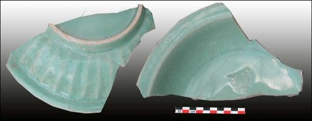 Chinese Longquan green glazed stoneware, 13th century, Gedi (Photo by S. Pradines)