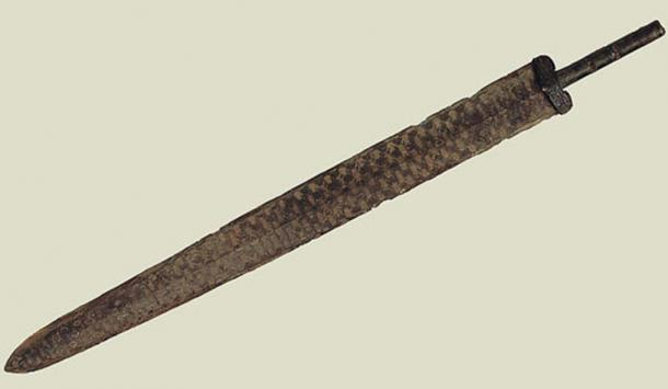 A Chinese bronze sword blade similar to the one a boy found in the Laozhoulin River in 2014