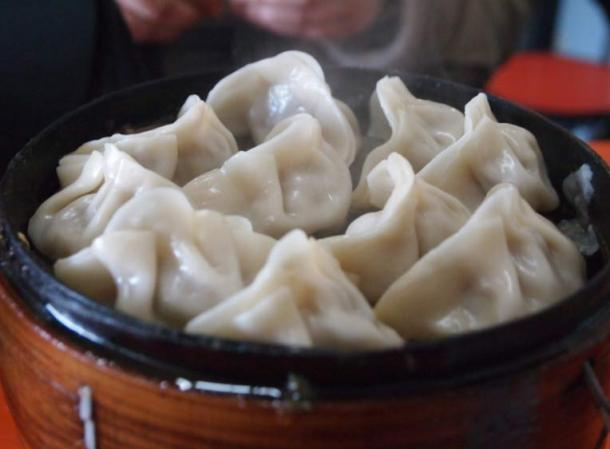 According to folklore, the Chinese jiaozi dumpling was invented by Zhang Zhongjing, an eminent doctor and county governor known for his kindness who lived during the Eastern Han Dynasty (A.D. 25–220).