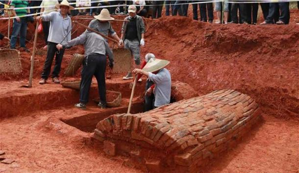 The ancient Chinese couple's tomb dating back to the Northern Song Dynasty (960-1127) which was found in the Tangjiawan cemetery in Nanfentang Village, Hunan Province. (Lui Jing / Xinhua)