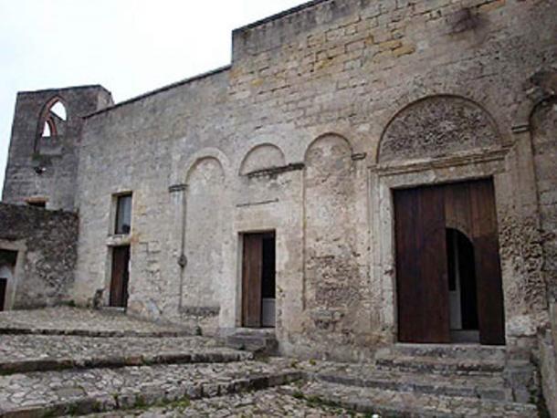 The Church of Saint Maria de Armenis.