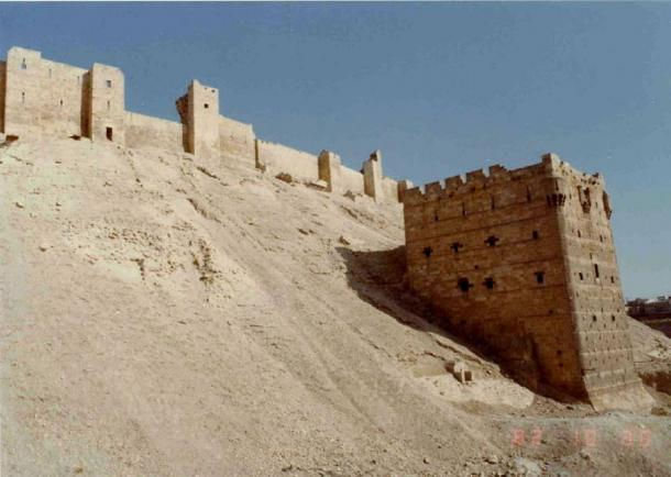 Citadel of Allepo, Syria, showing an example of a glacis fortification, 2007. (Brian Harrington Spier / CC BY-SA 2.0)