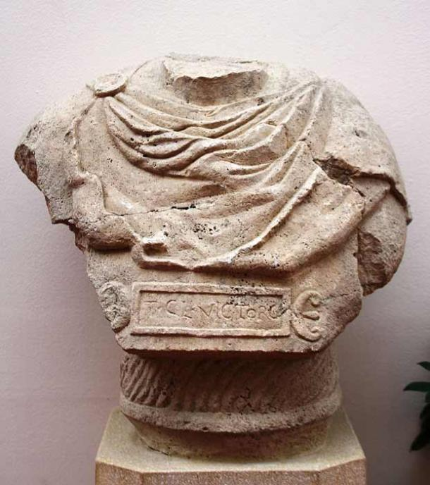 Bust of the centurion Claudius Victor, one of the officers at Aquincum. (Bjoertvedt / CC BY-SA 4.0)