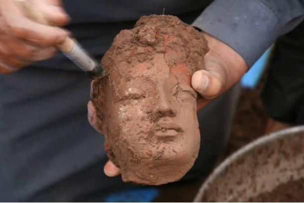 Clay head unearthed at Bhamala, Pakistan