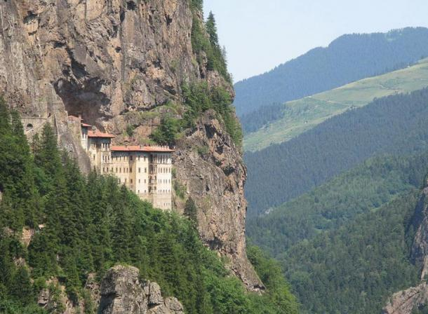 The Thousand-Year History of the Spectacular Cliff Face Monastery of Sumela