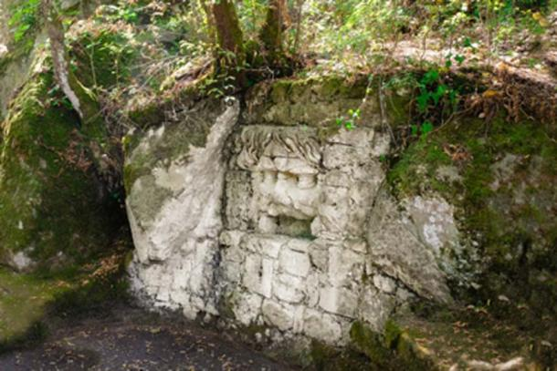 Close to the Bomarzo Pyramid lays a dwelling/tomb known as Finestraccia. (JethroT / Adobe Stock)