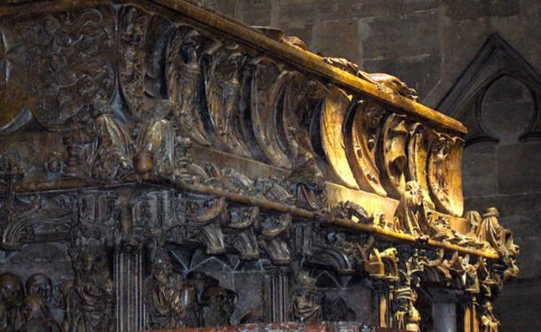 Close up of the art on the tomb of Emperor Frederick III. (JoJan / CC BY-SA 3.0)