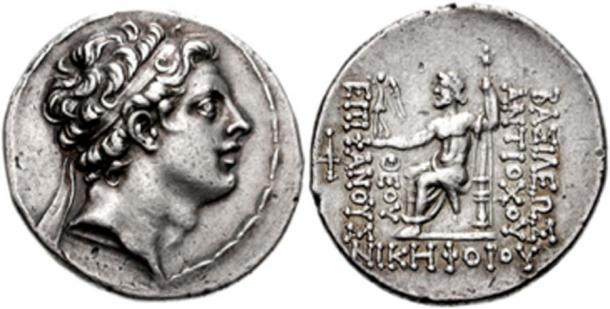 "Coin depicting Antiochus IV, ruler of the Seleucid Empire, Greek inscription reads ΘΕΟΥ ΕΠΙΦΑΝΟΥΣ ΝΙΚΗΦΟΡΟΥ / ΒΑΣΙΛΕΩΣ ΑΝΤΙΟΧΟΥ which translates to ""King Antiochus, image of God, bearer of victory"". (Ingsoc / CC BY-SA 3.0)"