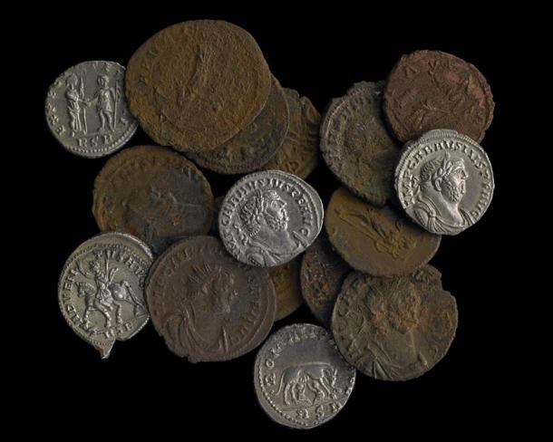 Coins from the Frome hoard of more than 52,000 Roman coins are on display along with the Watlington hoard at the British Museum.