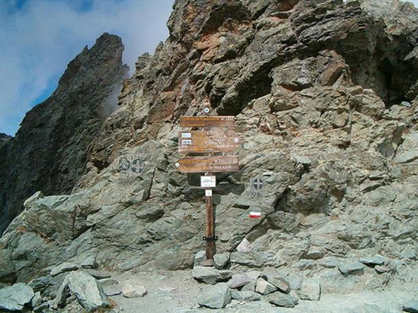 Col de Traversette. Luca Bergamasco/Wikimedia.