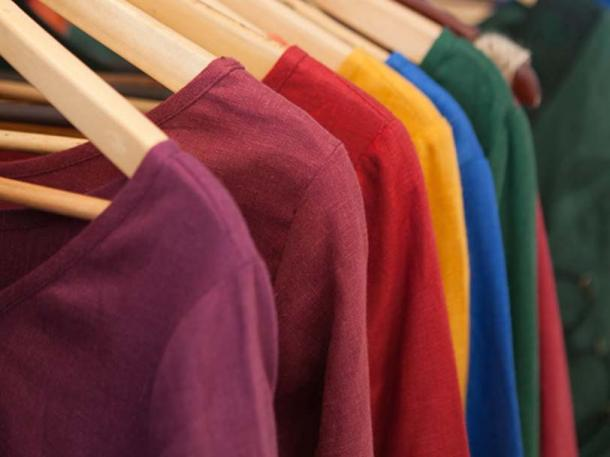 Colorful medieval linen clothing from ArmStreet