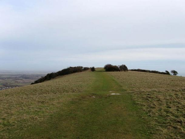 A causewayed enclosure at Combe Hill, England