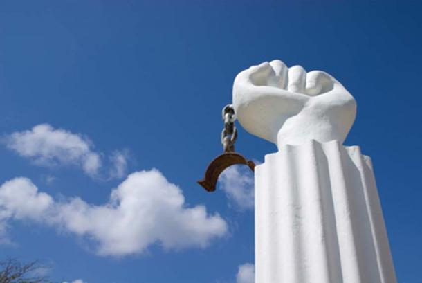 Commemorating the slave revolt of Curaçao 1975 (CC BY-SA 2.0)