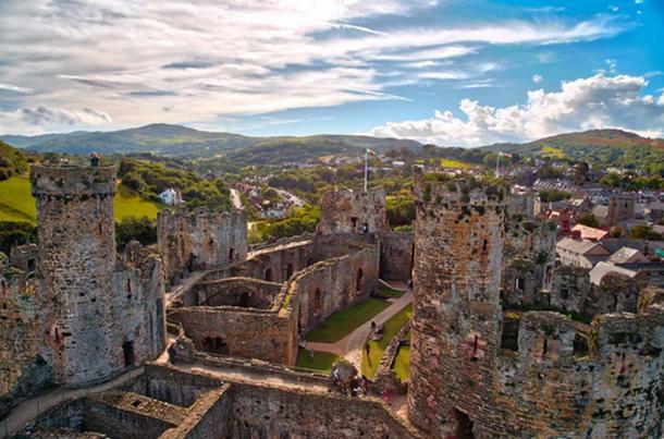 Conwy castle, Wales. (Radu Micu/CC BY NC ND 2.0)