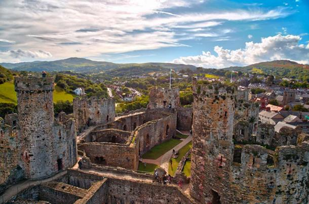 Conwy castle, Wales. (Radu Micu/CC BY NC ND 2.0)