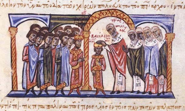 Coronation of Basil II as co-emperor to his father, Romanos II, by Patriarch Polyeuctus, on April 22, 960. (Public Domain)