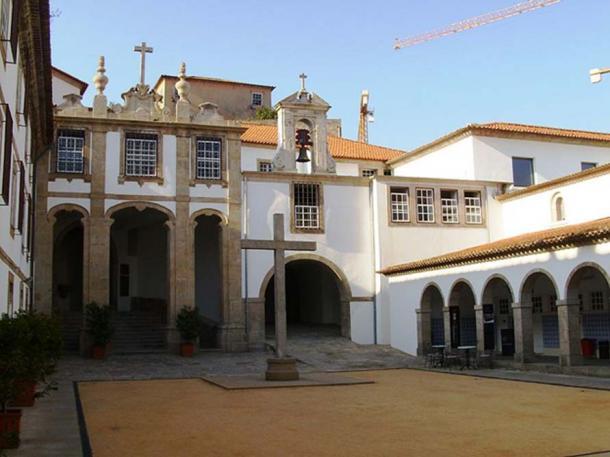 Corpus Chriti Convent in Vila Nova dre Gaia, where Maria Adelaide developed health problems. (Public Domain)