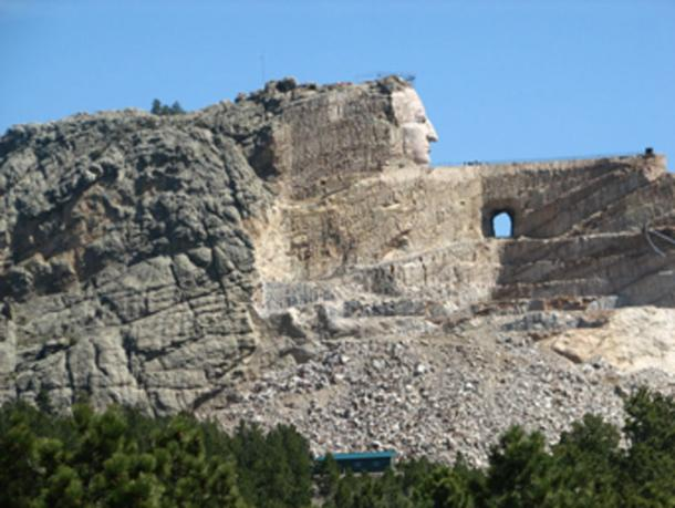 Crazy Horse Monument in the distance. (UMASANKAR KIRUBAPURI / CC BY-SA 2.0)
