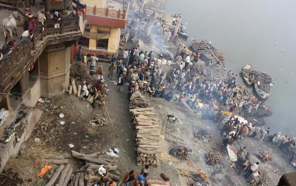 Cremation grounds at the Manikarnika Ghat, Varanasi, India.