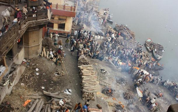 Cremation grounds at the Manikarnika Ghat, Varanasi, India.