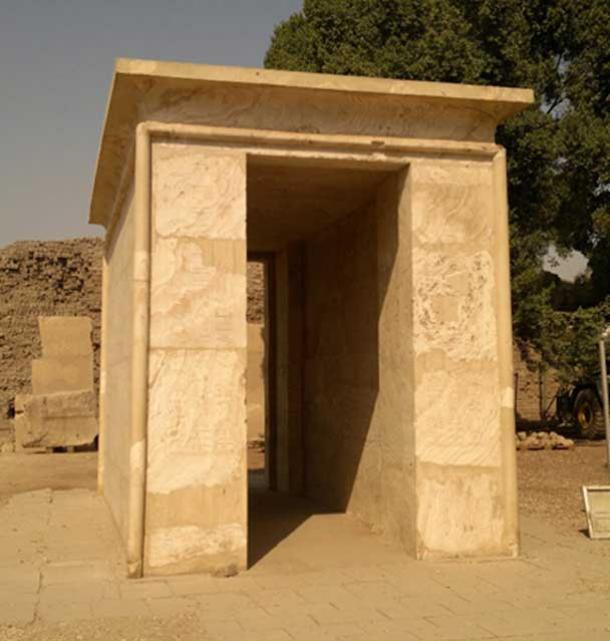 Figure 5. Crystal 'shrine' at Karnak (Author provided)